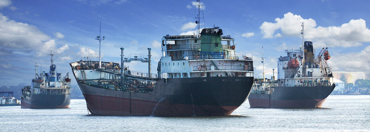 freighters coming to port